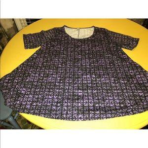LuLaroe 3x black and purple shirt